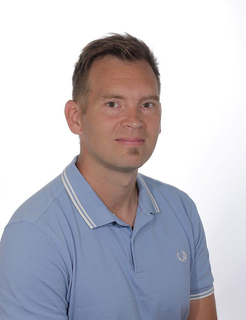 Silmälääkäri Aleksi Sarkola